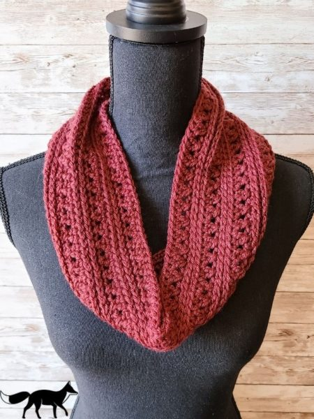 Free Crochet Cowl Pattern, displayed on mannequin without jacket.