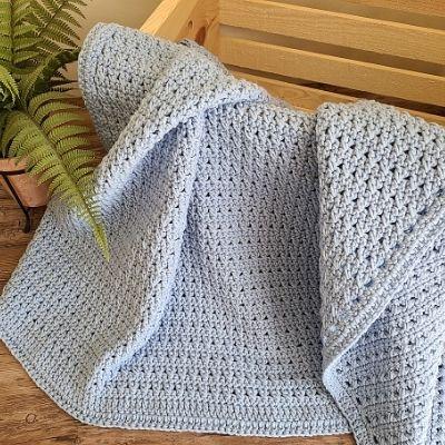 Crochet Baby Blanket using Crossed Double Crochet Stitch