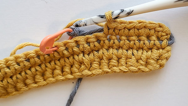This image shows how the slip knot stays in place.